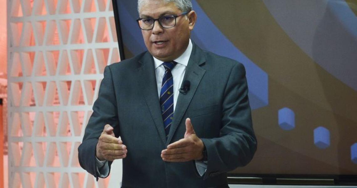 Ibaneis Rocha exonera secretário e cúpula da Saúde