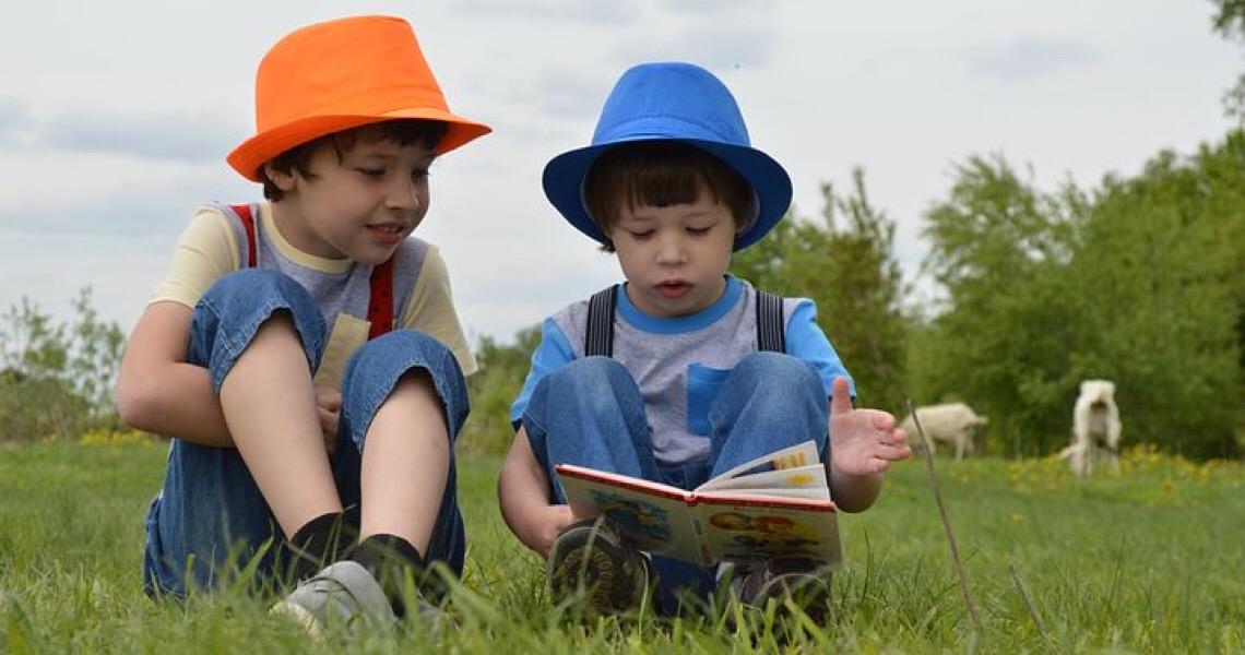 Contra o tédio e a tristeza: Livros ajudam as crianças a se distrair e a lidar com os sentimentos