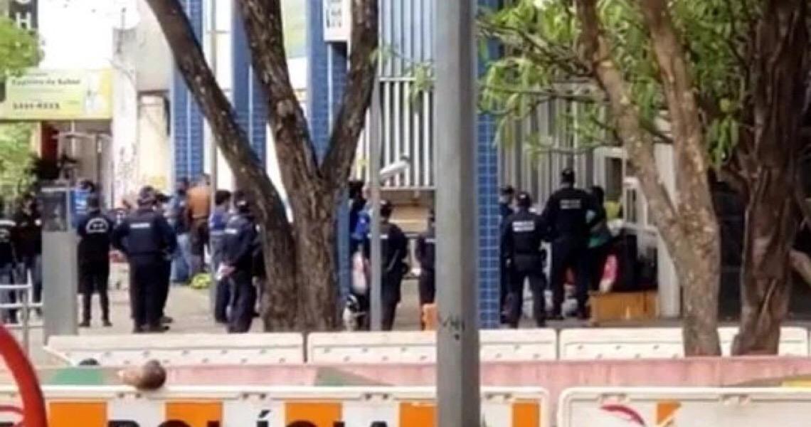 Justiça dá prazo de 24h para GDF devolver pertences de sem-tetos