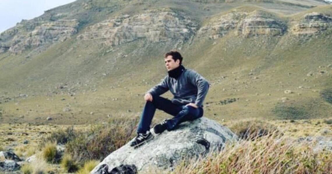 Após passar um mês foragido, Iohan Struck se entrega ao MP do DF
