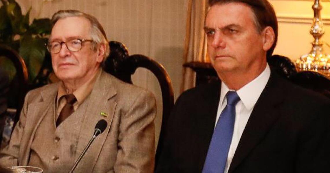 """Olavo de Carvalho diz que Bolsonaro terminará """"vivendo da caridade de seus inimigos"""""""