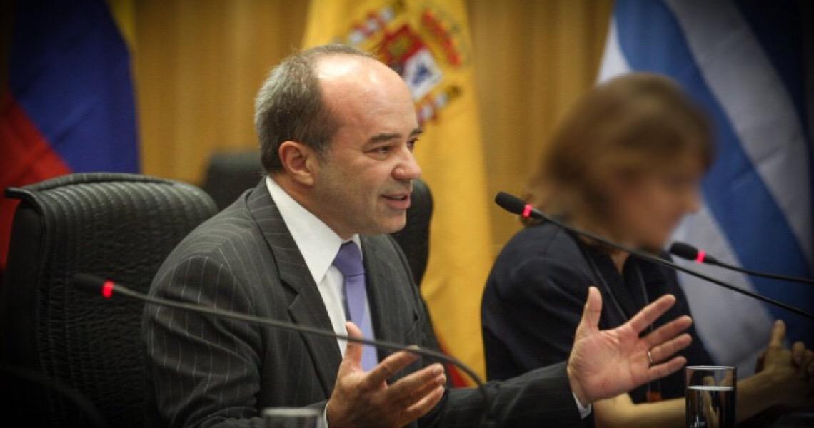 Conselho Federal manda para OAB-DF pedido de procedimento contra ex-juiz Roberto Caldas