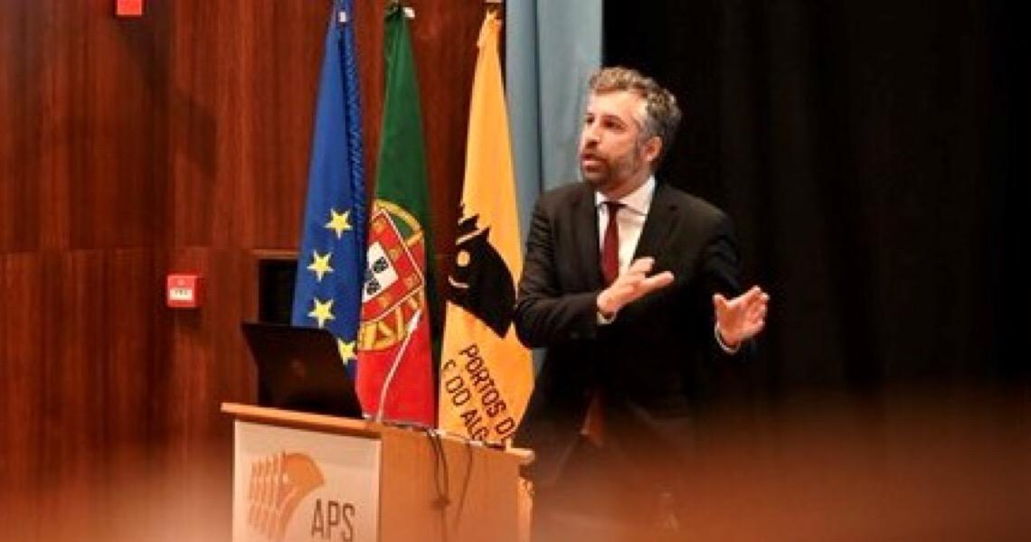 Queremos que o porto de Sines permita industrializar Portugal