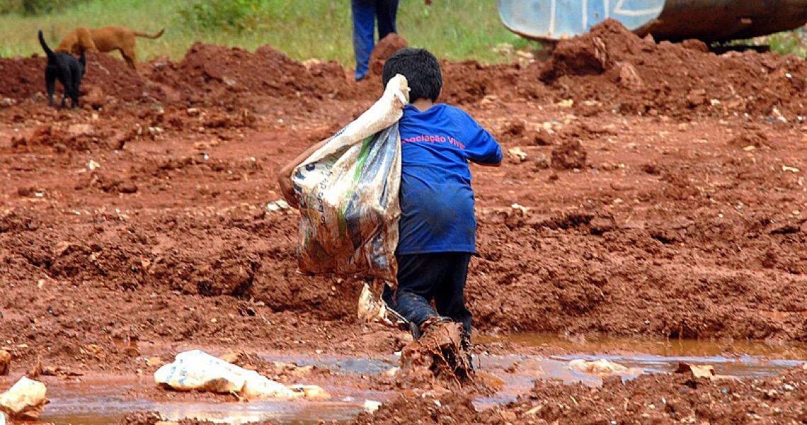 A cada 15 dias morre uma criança vítima do trabalho infantil no Brasil