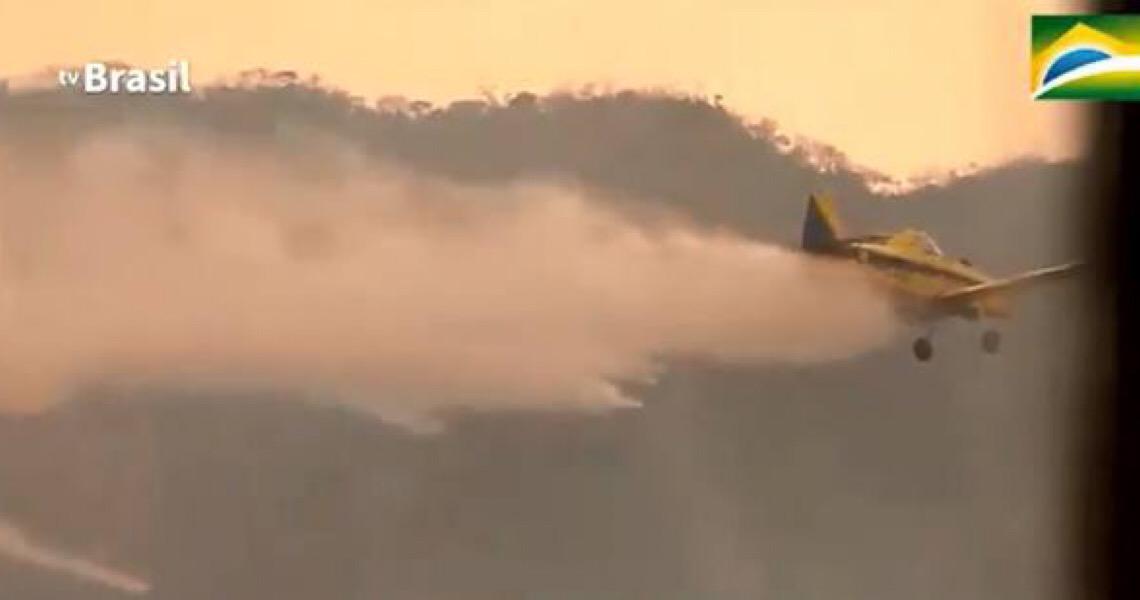 Governo de Goiás notifica ICMBio sobre uso de retardante de fogo na Chapada dos Veadeiros