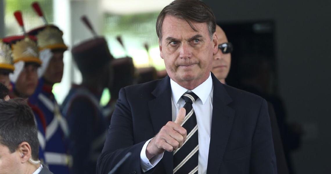 Com mais um caso suspeito perto do presidente, sombra da corrupção incomoda Bolsonaro