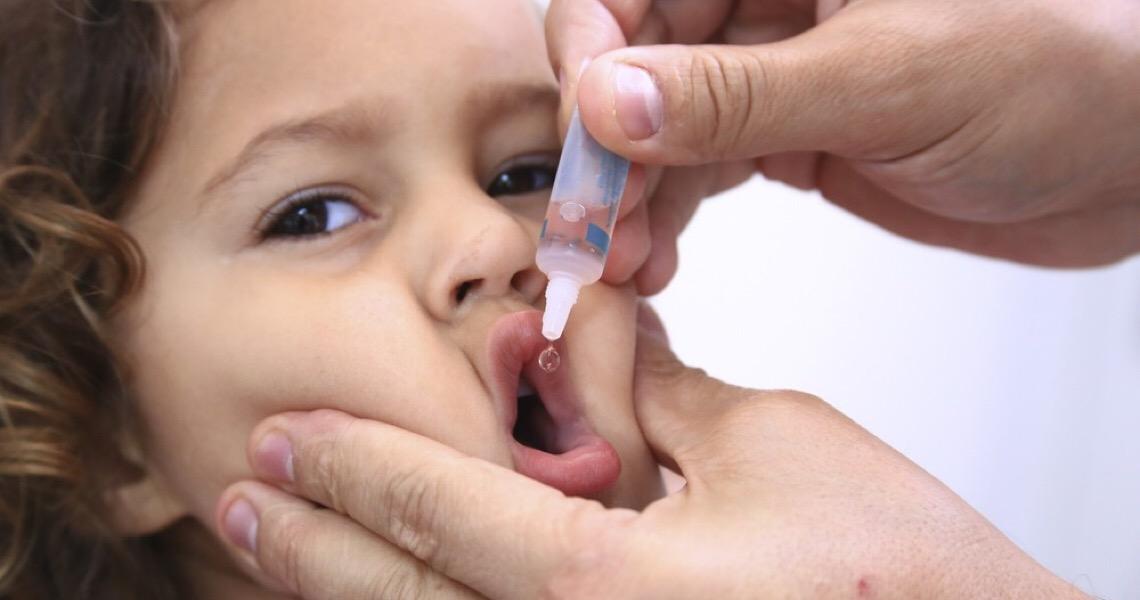 Campanha de vacinação contra poliomielite é prorrogada no Distrito Federal