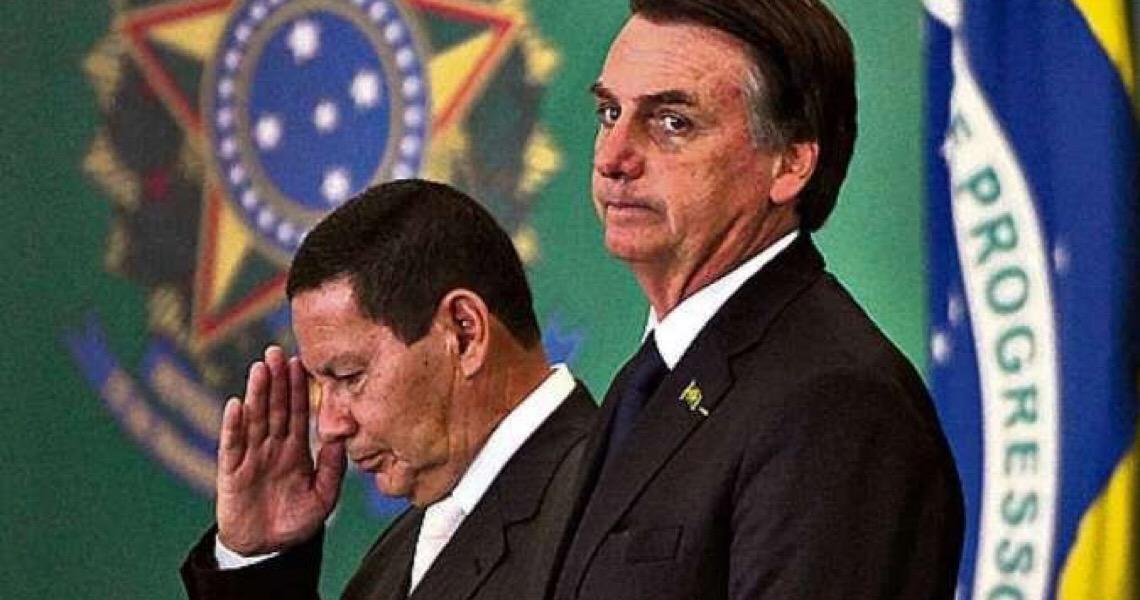 Bolsonaro se omite e Hamilton Mourão terá de sair em defesa da ala militar do Planalto