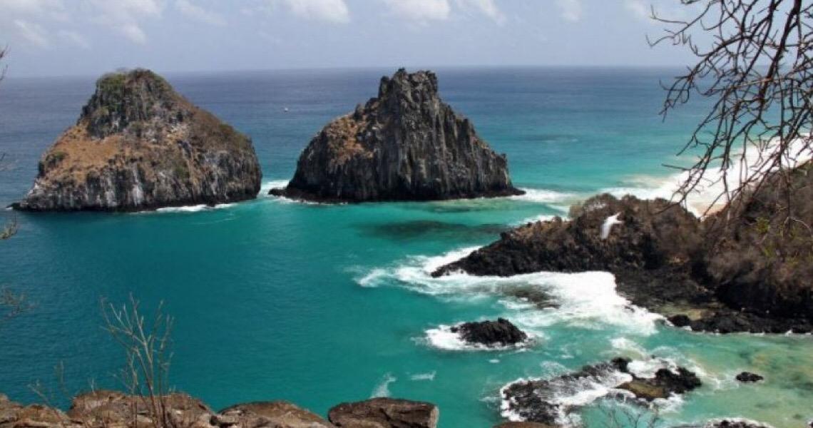 Turistas são presos em Fernando de Noronha por falsificação de exames de covid-19