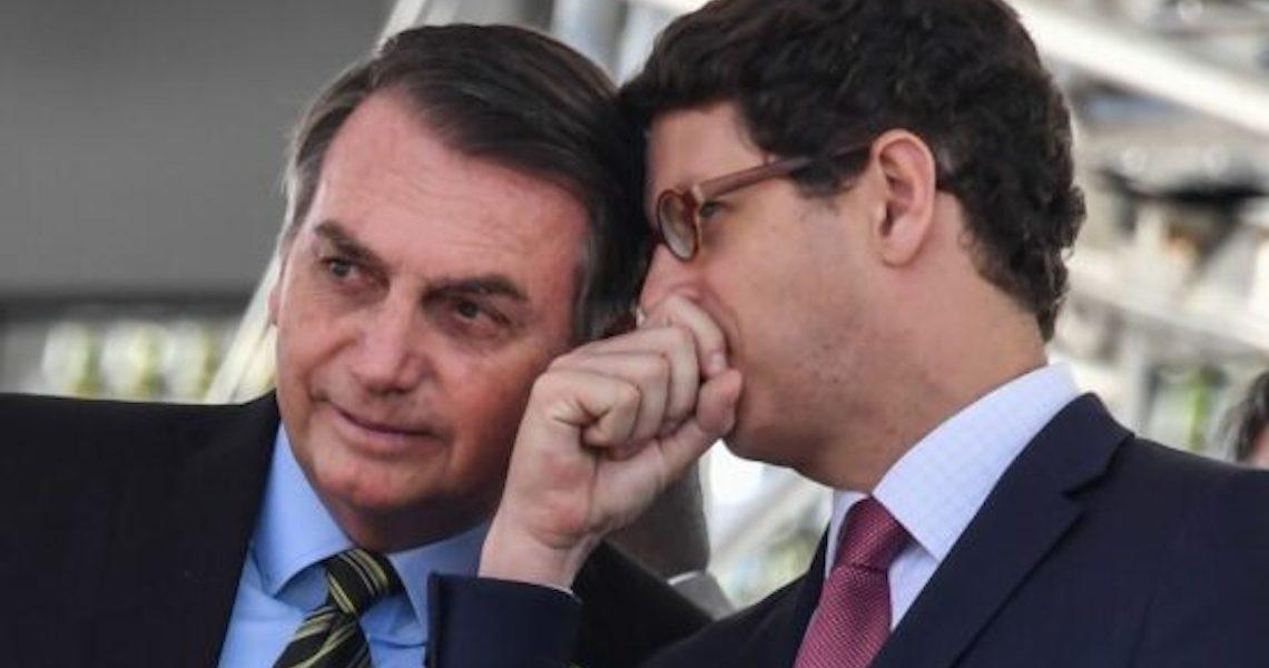 Enquanto continuar ouvindo Ernesto Araújo e Ricardo Salles, Bolsonaro só dará bola fora