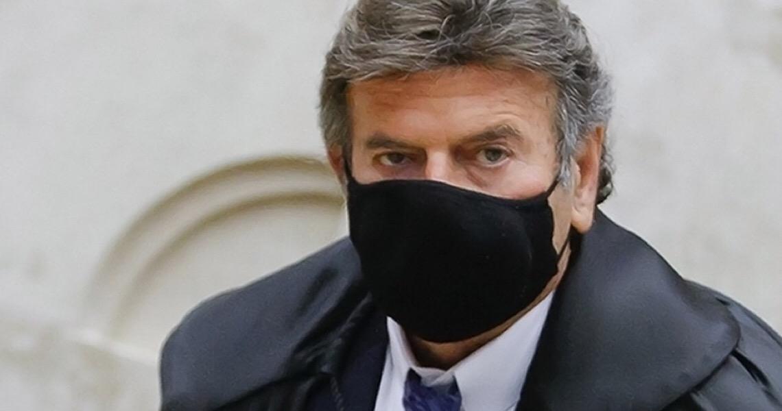"""""""A sociedade brasileira não aceita mais o retrocesso à escuridão"""", diz Fux sobre corrupção"""
