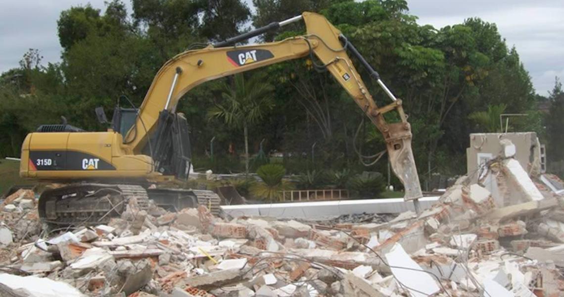 Cessão de direitos não impede demolição de casa em área irregular