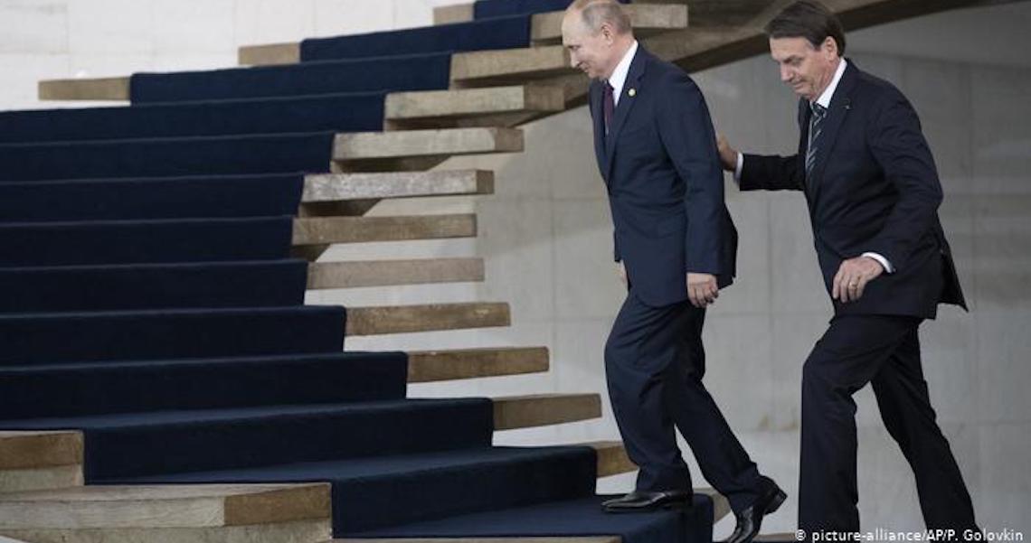 Sem Trump, Putin e Bolsonaro ensaiam aproximação