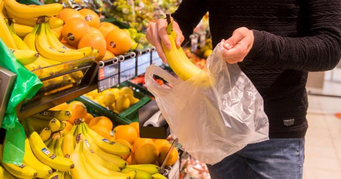 Alemanha bane sacolas plásticas no comércio