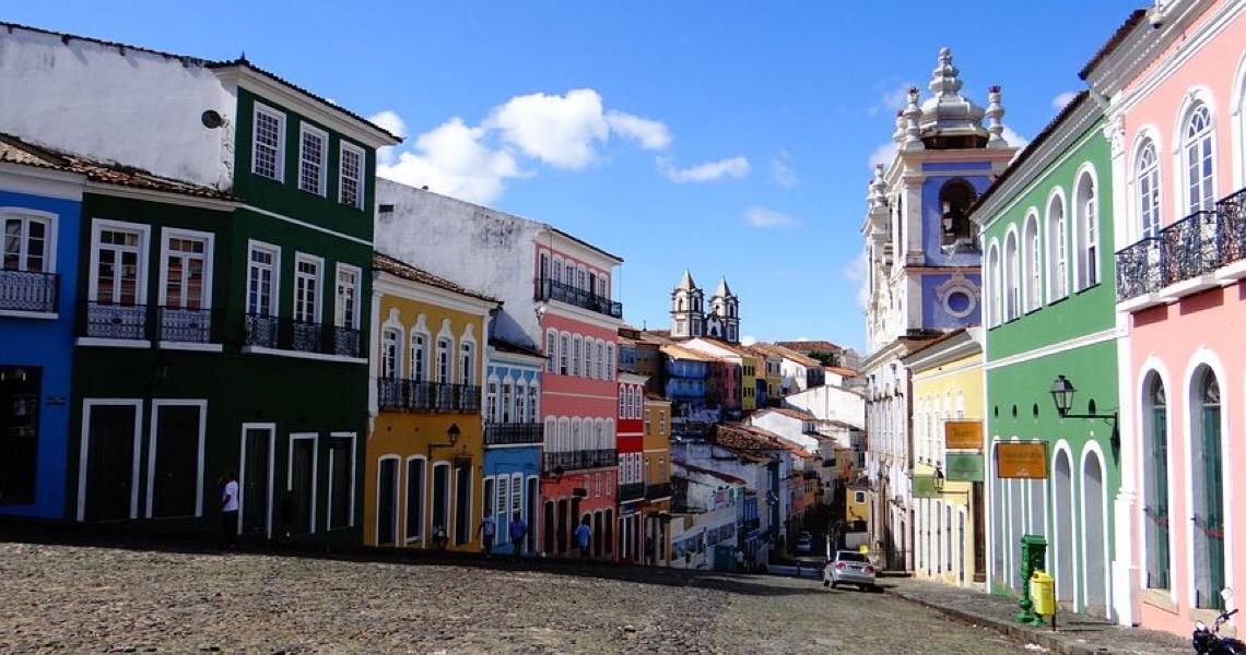 Porto Alegre e Salvador voltam ao ranking das cidades mais promissoras