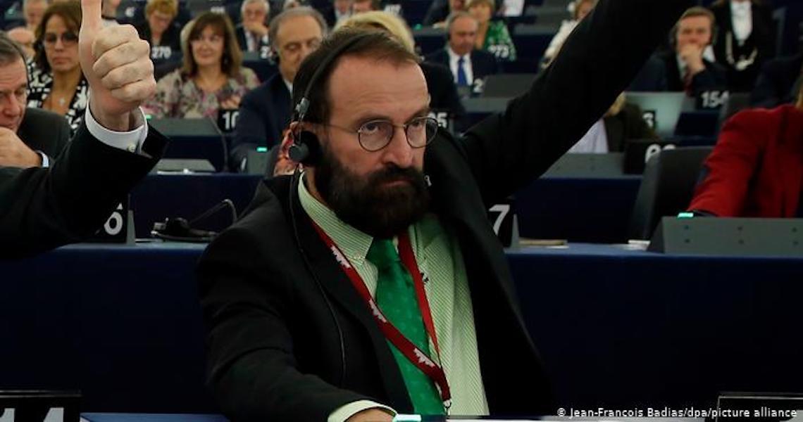 Uma orgia ilegal e um político ultraconservador em desgraça