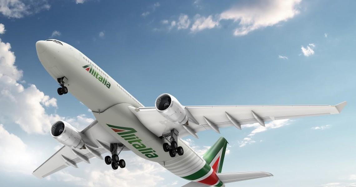 Alitalia faz seu 1º voo com testagem de passageiros