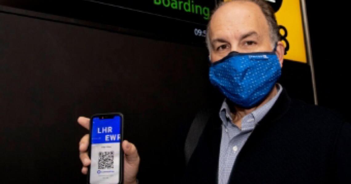 Passaportes de saúde começam a ser testados em voos internacionais