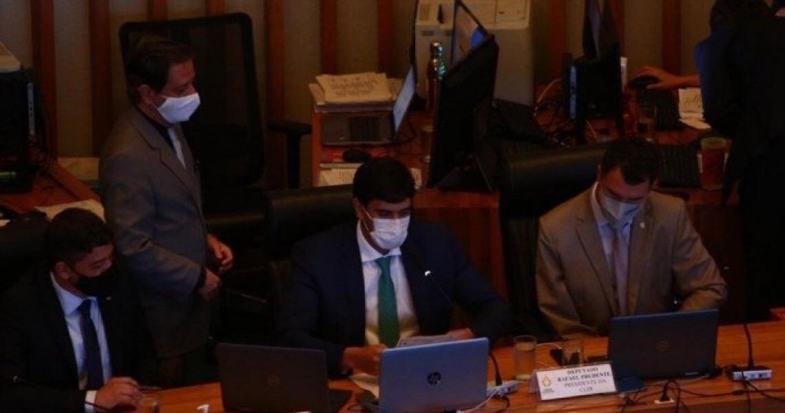 Presidente da CLDF, deputado distrital Rafael Prudente é reeleito