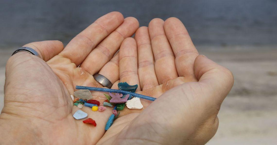 Microplásticos chegam aos humanos, saiba como