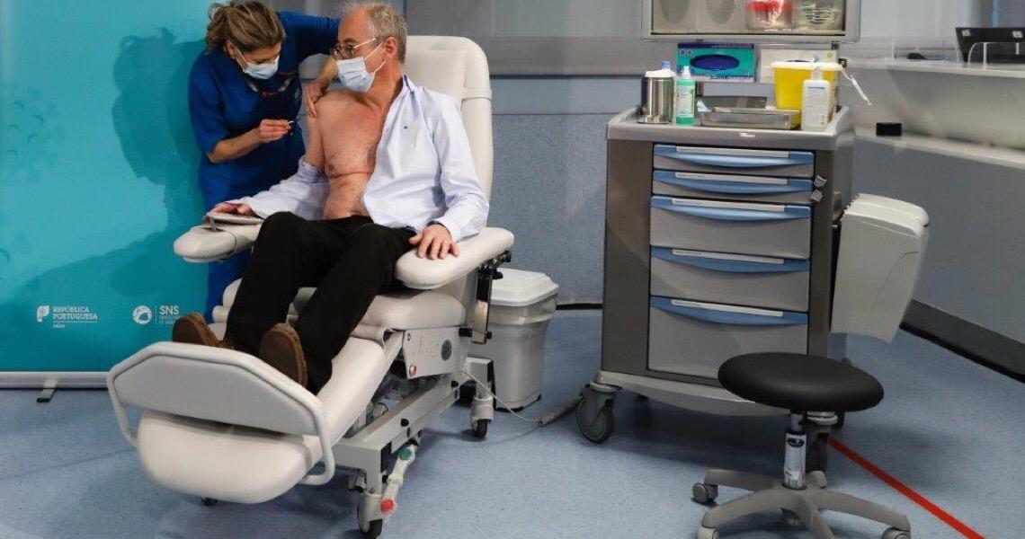 Vacina contra a Covid-19 começa a ser administrada em Portugal