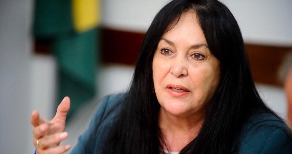 Senadora acusa governo brasileiro de omissão em relação ao feminicídio