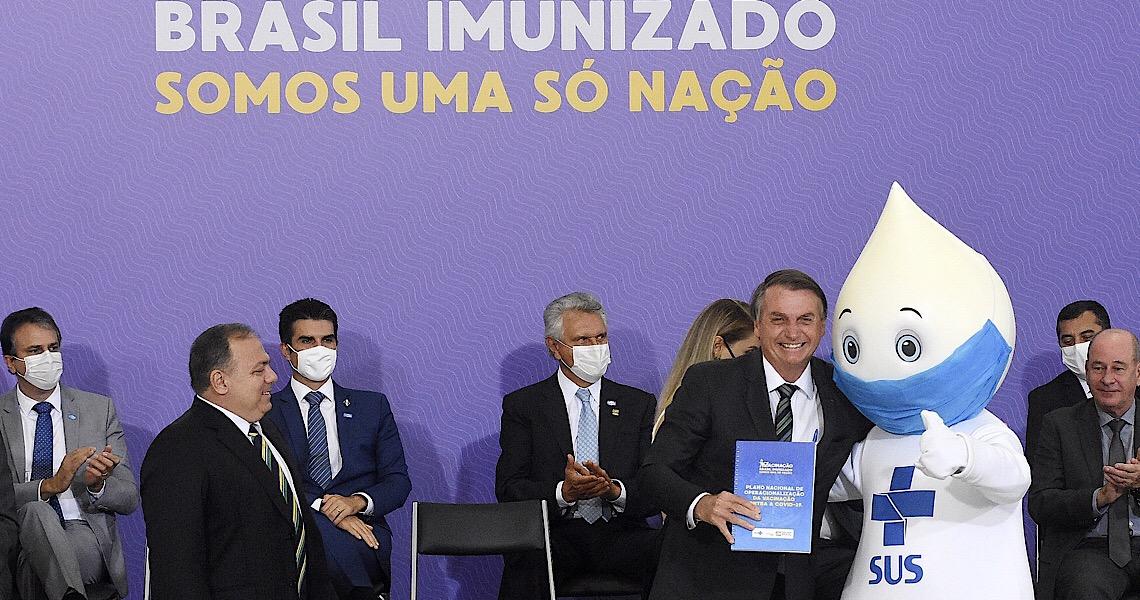 Sem vacinas e sem seringas, o governo lança bordão da incompetência e da desfaçatez