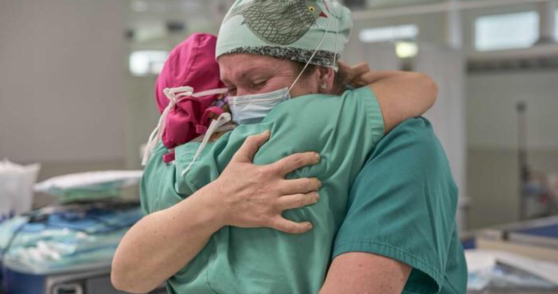 O peso da pandemia sobre os profissionais de saúde