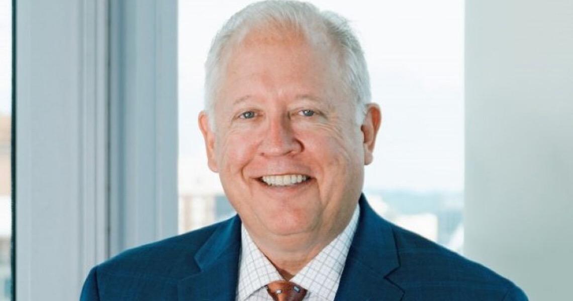 Ex-embaixador dos EUA, do partido de Biden, ameaça e enquadra governo Bolsonaro