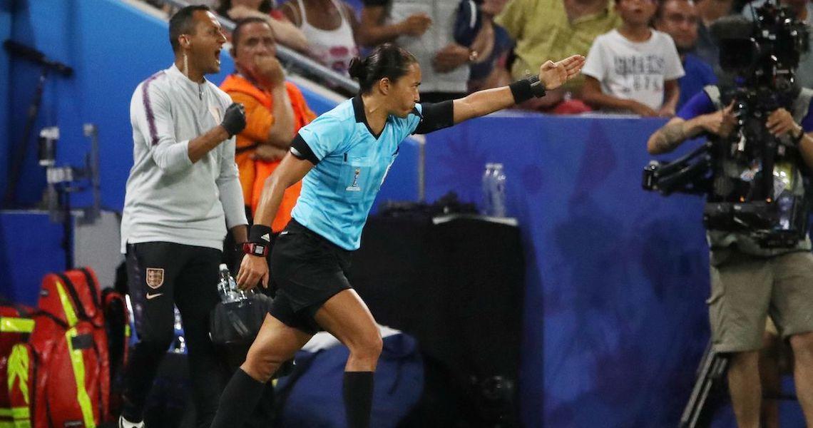 Edina Alves será a única árbitra no Mundial de Clubes