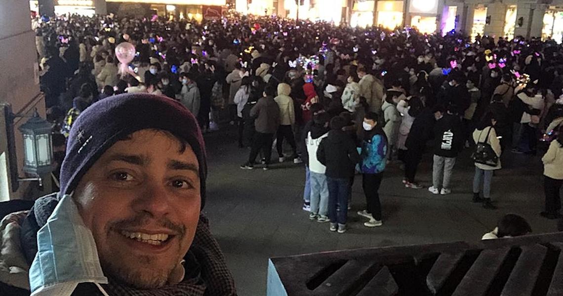 """Epicentro da covid há um ano, Wuhan é hoje a cidade """"mais segura"""", relata brasileiro"""