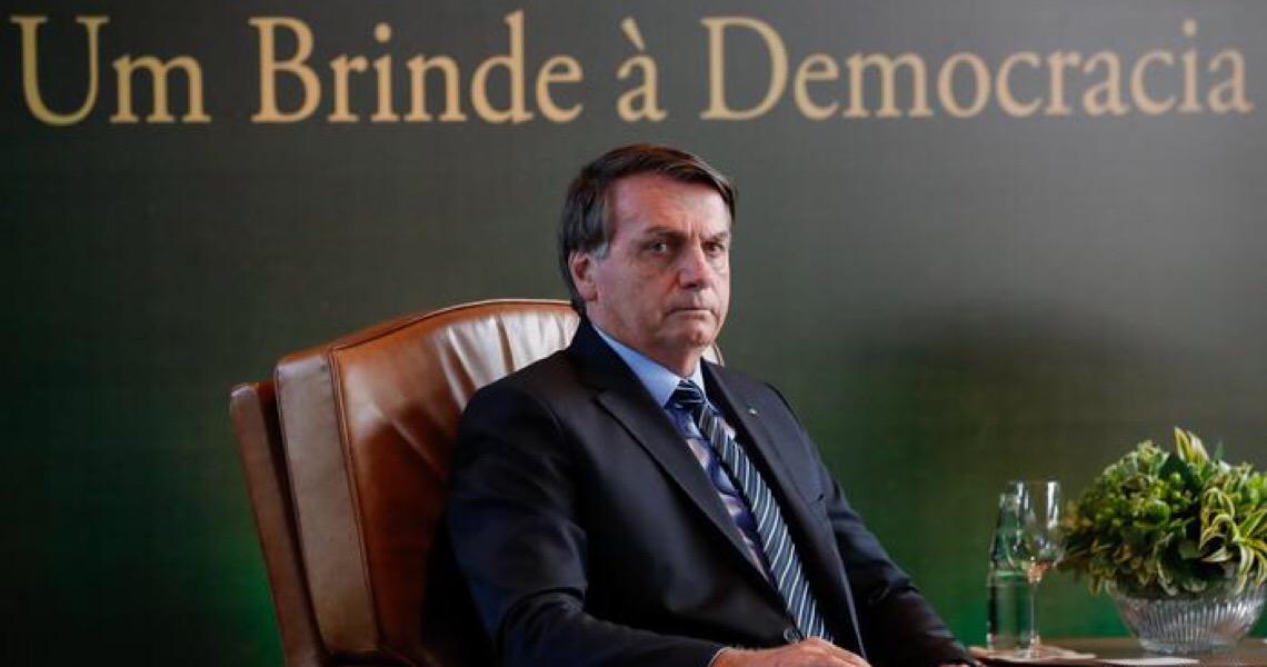 Bolsonaro cria inimigos e falsas narrativas para tentar justificar a sua absoluta incapacidade de governar