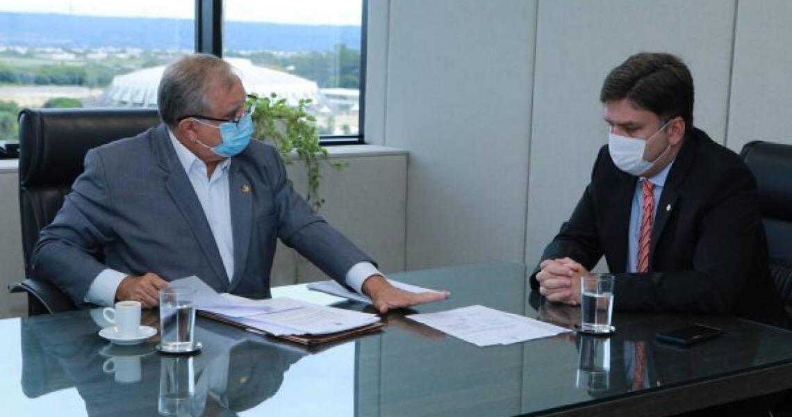 Izalci denuncia ao MP descumprimento de acordos do GDF referentes a R$ 43 mi