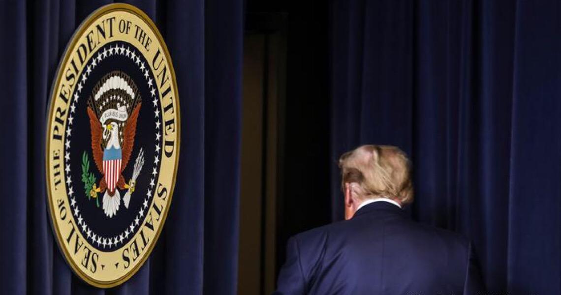 Donald Trump deve ser afastado para sempre da política