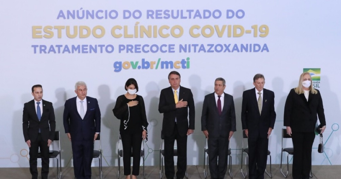 Covid: Ministério da Saúde desiste de remédio que governo anunciou como capaz de 'salvar vidas'