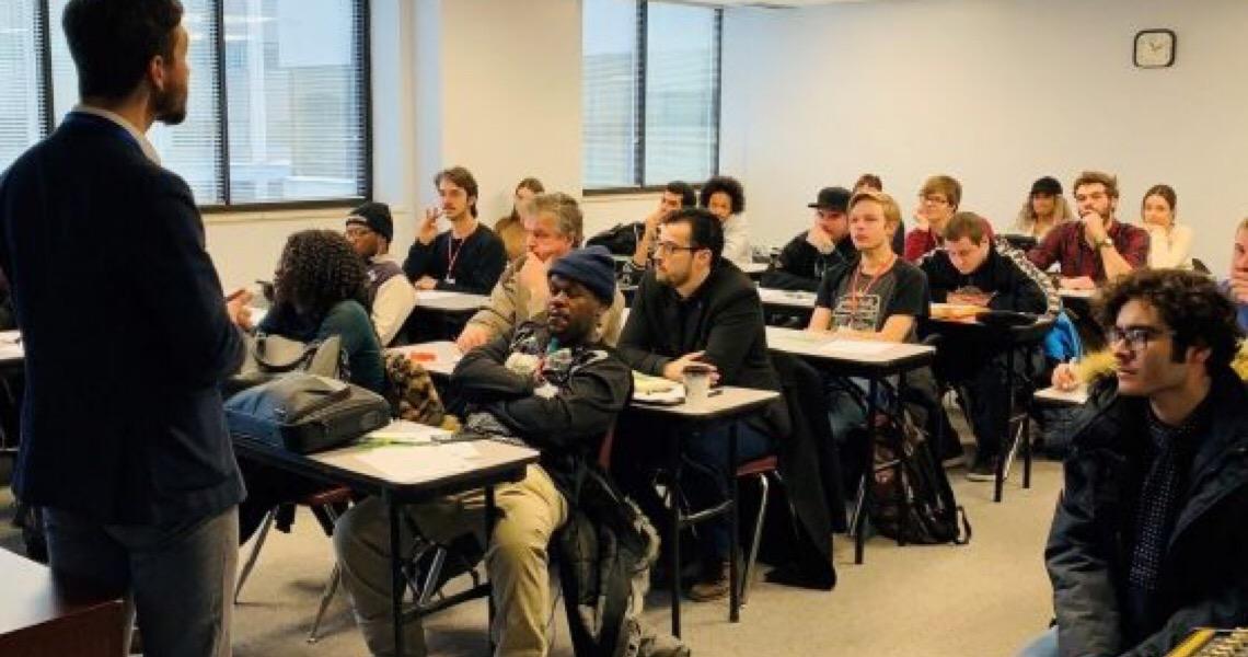Bolsa de estudos em Montréal com permissão de trabalho: Veja como concorrer
