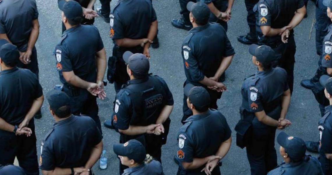 Projeto que tira poder de governadores sobre polícias prevê status de secretário para comandante