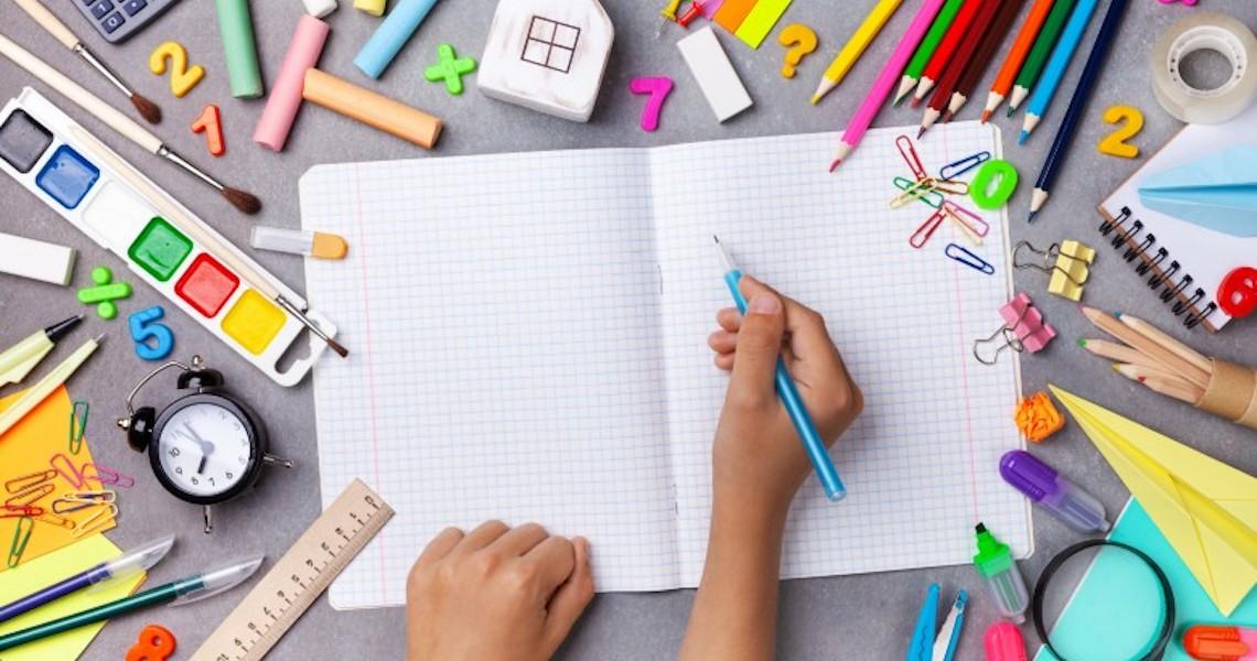 Procon lança cartilha com orientações para compra de material escolar