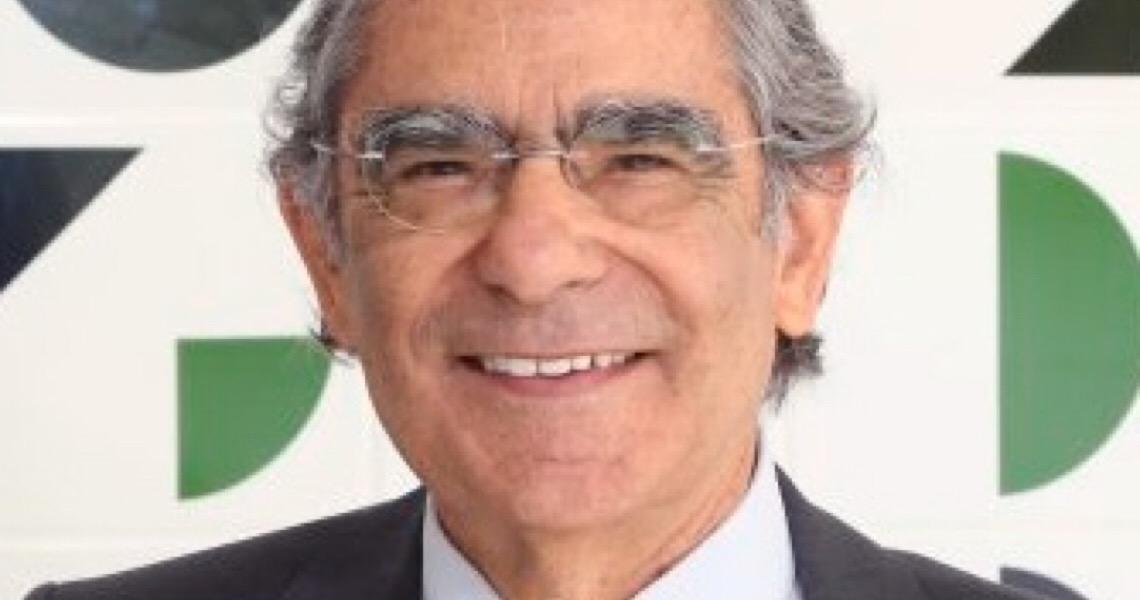 Impeachment é para quem dá as costas para Constituição, como Bolsonaro, diz ex-ministro do STF