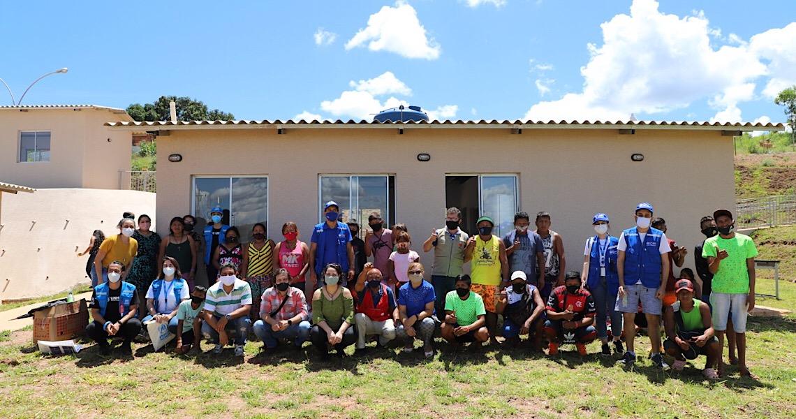Indígenas venezuelanos no DF são transferidos para unidade de atendimento social