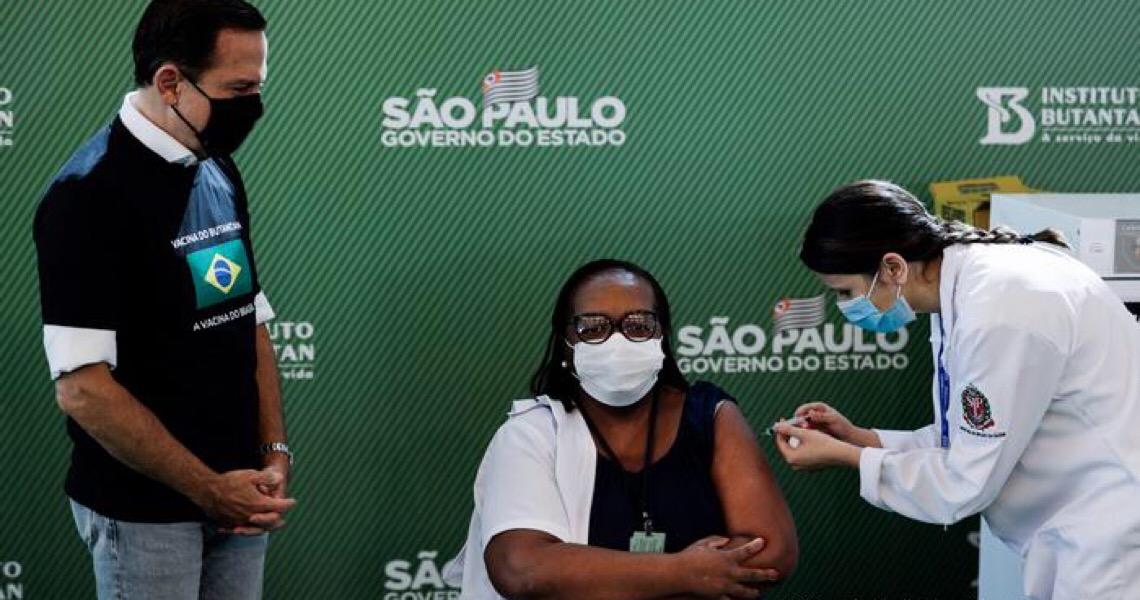 Parcela de brasileiros que quer se vacinar volta a crescer