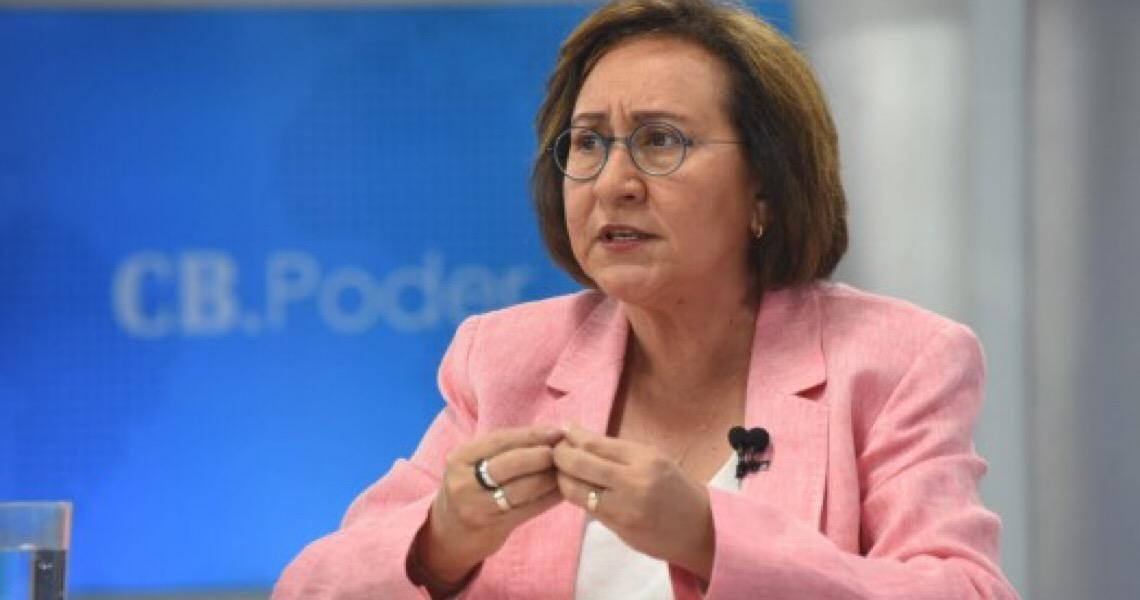 """""""É preciso uma mudança imediata"""", diz Fátima Sousa sobre governo Bolsonaro"""