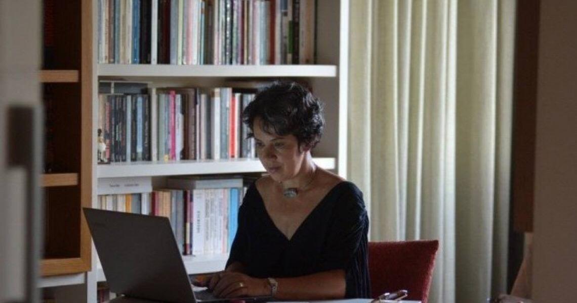 Escrita que cura: Brasilienses encontraram nos textos uma forma de aliviar as tensões