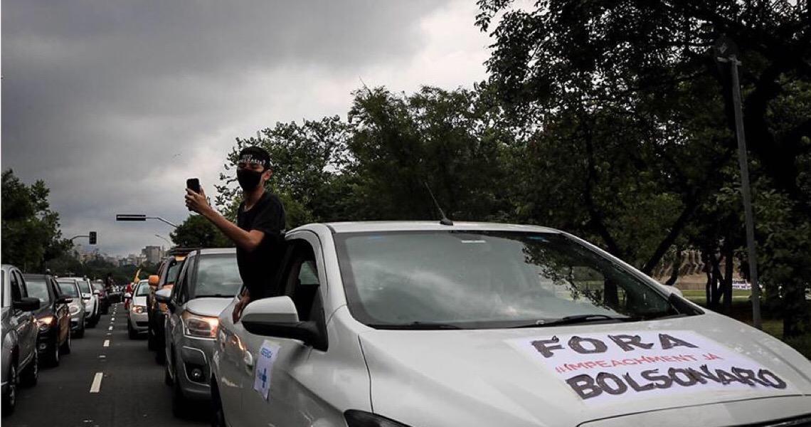 Le Monde destaca presença de ex-eleitores de Bolsonaro nas manifestações por impeachment no domingo