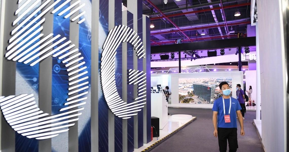 Remessas de celulares 5G da China atingem recorde mensal