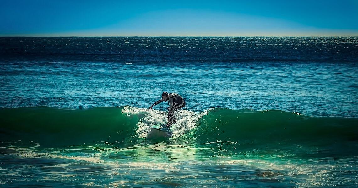Polícia fecha o cerco aos surfistas em Portugal