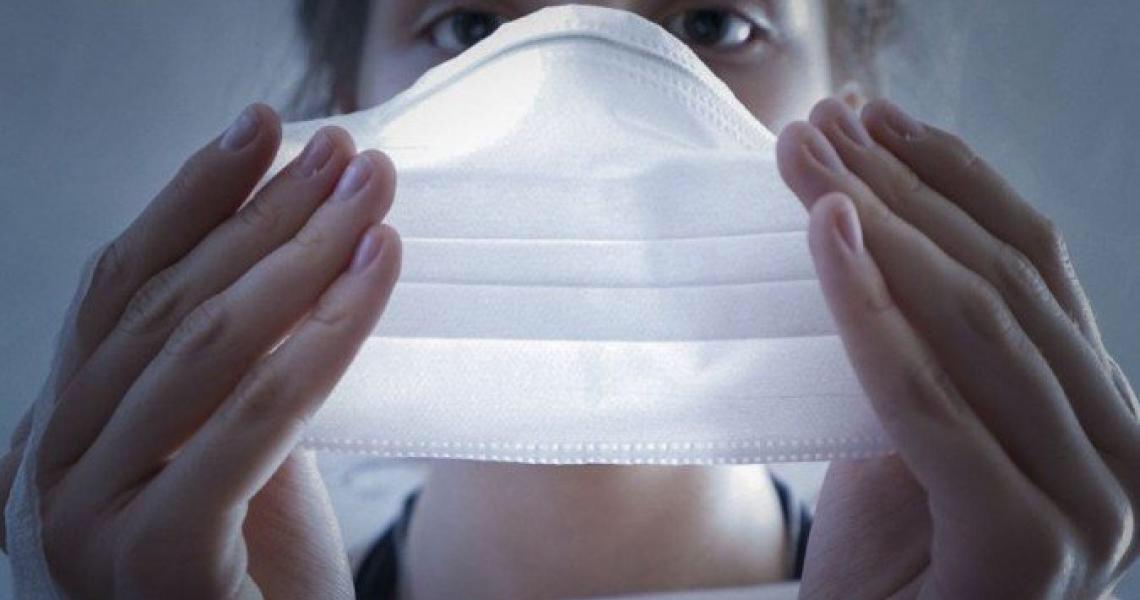 Pandemia: Você sabe qual é o jeito seguro de usar e limpar a máscara?