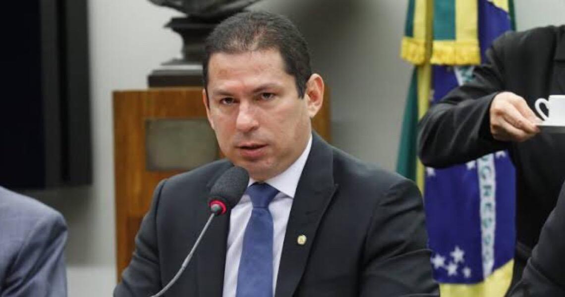 'Bolsonarismo radical não se importa com a pauta do País', diz vice da Câmara