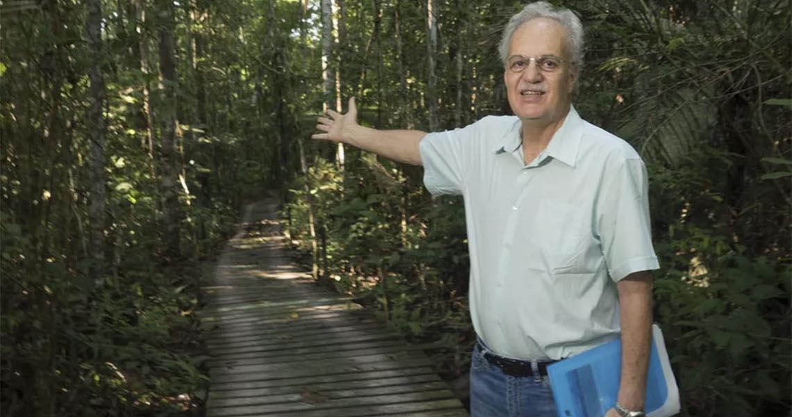 Savanização da Amazônia está próxima, diz Carlos Nobre