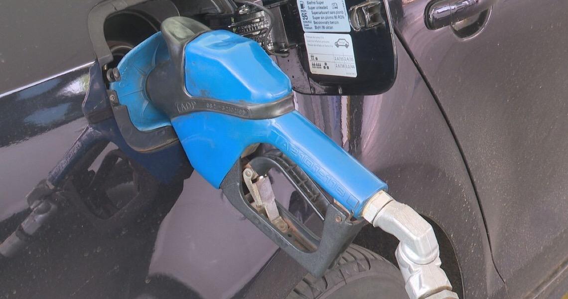 Brasília tem maior alta no preço da gasolina no país em fevereiro, aponta prévia do IBGE